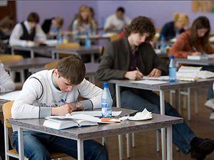 Post Thumbnail of В 2015 году выпускники школ будут писать сочинения. Какие темы?