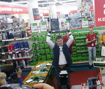 Post Thumbnail of Четверг: старты продаж в России. XBOX в М.видео, iPhone 6 в Связном и Билайн
